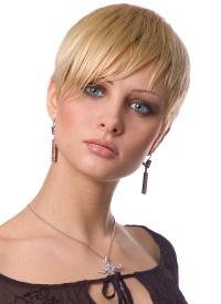 krátký účes pro jemné vlasy